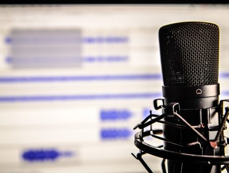 Choosing Accented Voiceover Services